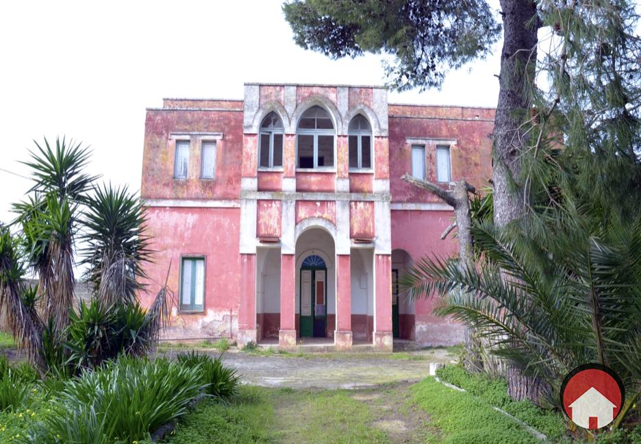 VILLA STORICA CON AMPIO TERRENO - Trepuzzi, Sant'Elia.Foto.001